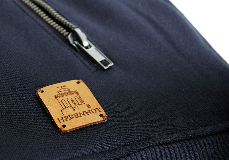 Herrnhut Collection Jacke Detail mit Lederpatch