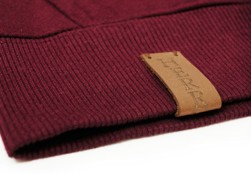 Herrnhut Collection Hoody Detail mit Lederpatch